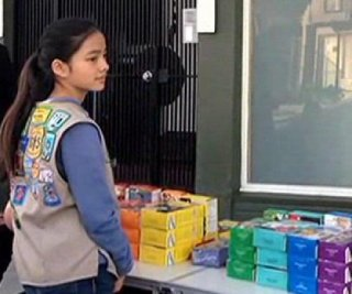 http://cdnph.upi.com/sv/em/i/UPI-4451392988769/2014/1/13929894551324/Girl-Scout-sells-cookies-outside-pot-dispensary-in-San-Francisco.jpg