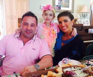 http://cdnph.upi.com/sv/em/i/UPI-4681398086508/2014/1/13980867165779/Teresa-Giudice-celebrates-Easter-as-she-prepares-to-go-to-jail.jpg