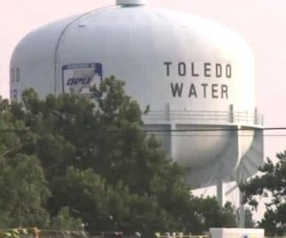 http://cdnph.upi.com/sv/em/i/UPI-4721407082418/2014/1/14070834446584/Toledo-Ohio-Do-not-drink-do-not-boil-water.jpg