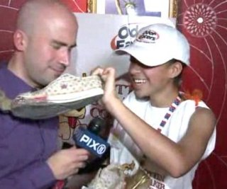 http://cdnph.upi.com/sv/em/i/UPI-4731395839658/2014/1/13958403261792/New-Mexico-girl-wins-National-Rotten-Sneaker-Contest.jpg