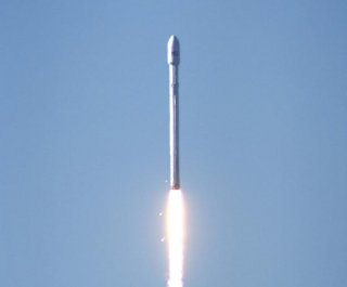 http://cdnph.upi.com/sv/em/i/UPI-4771386007295/2013/1/13853984942748/SpaceX-plans-fourth-launch-attempt-on-Tuesday.jpg