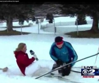 http://cdnph.upi.com/sv/em/i/UPI-4821388670662/2014/1/13886707832596/Salt-Lake-City-reporter-faints-on-live-TV.jpg
