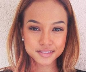 http://cdnph.upi.com/sv/em/i/UPI-5091405371517/2014/1/14053737098180/Karrueche-Tran-tearfully-addresses-her-battle-with-Rihanna-over-Chris-Brown.jpg
