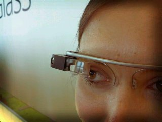 http://cdnph.upi.com/sv/em/i/UPI-5151397648634/2014/1/13976495766403/BAE-Systems-announces-mobile-app-for-Google-Glass-devices.jpg