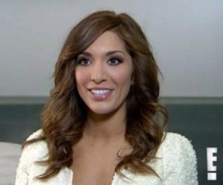 //cdnph.upi.com/sv/em/i/UPI-5161368396413/2013/1/13683967751397/Farrah-Abraham-argues-with-LAX-staff-in-fight-over-baggage.jpg