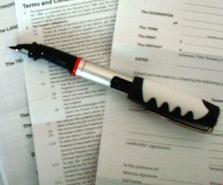 http://cdnph.upi.com/sv/em/i/UPI-5201387468774/2013/1/13874696257735/Italian-politician-allegedly-forced-secretary-to-sign-sex-contract.jpg