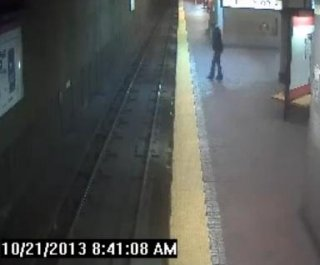 http://cdnph.upi.com/sv/em/i/UPI-5301382456216/2013/1/13824610889089/Woman-sleepwalks-falls-onto-train-tracks-at-Davis-Square-station-in-Somerville.jpg