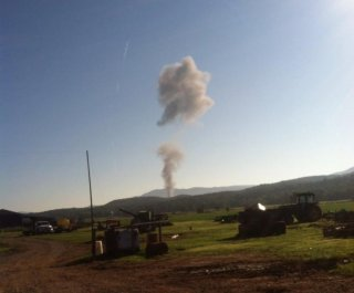 http://cdnph.upi.com/sv/em/i/UPI-5421409150701/2014/1/14091507872471/US-military-jet-crash-lands-in-rural-Virginia.jpg
