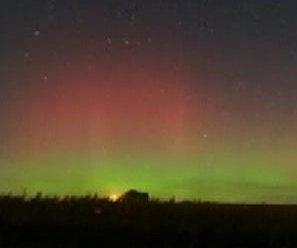 http://cdnph.upi.com/sv/em/i/UPI-6141380887424/2013/1/13808876191777/Aurora-borealis-lights-Northern-US-in-spectacular-show.jpg