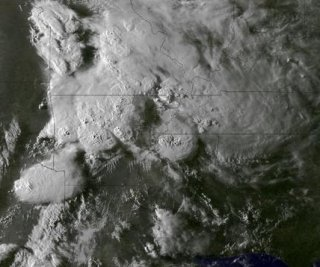 //cdnph.upi.com/sv/em/i/UPI-6161398806588/2014/1/13988086442680/NASA-shares-aerial-view-of-deadly-tornado-spewing-storm.jpg