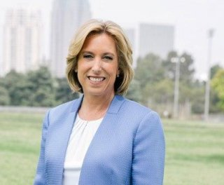 //cdnph.upi.com/sv/em/i/UPI-6231401901195/2014/1/14019067784987/Wendy-Greuel-concedes-California-33rd-primary-election-set-for-Carr-Lieu.jpg