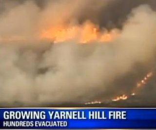 http://cdnph.upi.com/sv/em/i/UPI-62851372648706/2013/1/13726505379256/18-firefighters-killed-by-Arizona-wildfire-Yarnell-on-fire.jpg