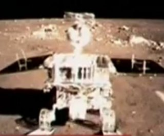 http://cdnph.upi.com/sv/em/i/UPI-6871390831641/2014/1/13872152902901/Chinas-Jade-Rabbit-rover-faces-technical-snag.jpg