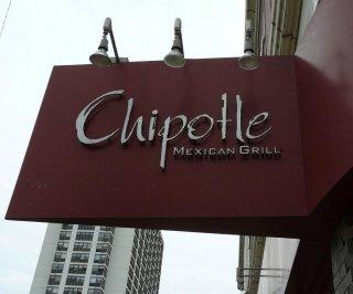 http://cdnph.upi.com/sv/em/i/UPI-6971392304528/2014/1/13923048165718/Chicago-man-uses-Kickstarter-to-fund-his-8-Chipotle-burrito.jpg