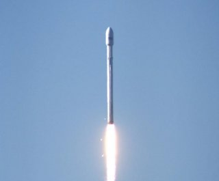 http://cdnph.upi.com/sv/em/i/UPI-7001385396918/2013/1/13853984942748/SpaceX-to-launch-satellite-to-open-up-space-launch-market.jpg