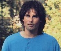 http://cdnph.upi.com/sv/em/i/UPI-7361409665772/2014/1/14096687108326/Survivor-singer-Jimi-Jamison-dead-at-age-63.jpg