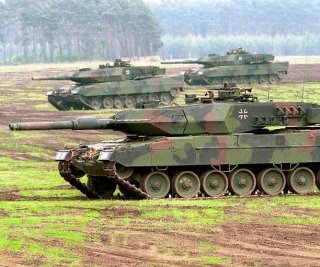 http://cdnph.upi.com/sv/em/i/UPI-7441400516206/2014/1/14005166156947/Germany-delivers-used-tanks-to-Poland.jpg