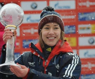 http://cdnph.upi.com/sv/em/i/UPI-7941392400577/2014/1/13924006551227/Lizzy-Yarnold-wins-Great-Britains-first-gold-of-2014-in-womens-skeleton.jpg