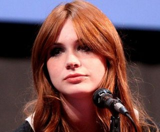 http://cdnph.upi.com/sv/em/i/UPI-7961374500308/2013/1/13745012386249/Karen-Gillan-reveals-bald-head-new-movie-role-at-Comic-Con-VIDEO.jpg