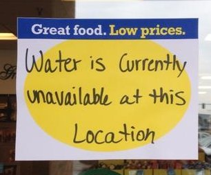 http://cdnph.upi.com/sv/em/i/UPI-8201407161207/2014/1/14071640392932/Toledo-water-ban-lifted-as-mayor-hopes-crisis-spurs-environmental-action.jpg