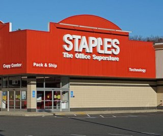//cdnph.upi.com/sv/em/i/UPI-8291394109787/2014/1/13941109362240/Staples-closing-up-to-225-stores.jpg