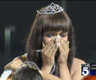 //cdnph.upi.com/sv/em/i/UPI-8341379786298/2013/1/13797892334690/Transgender-homecoming-queen-crowned-in-Calif-VIDEO.jpg