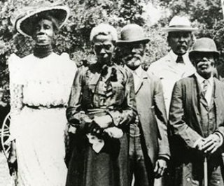 //cdnph.upi.com/sv/em/i/UPI-8341403204777/2014/1/13401284564002/Juneteenth-celebrated-nationwide-but-end-of-slavery-still-not-a-national-holiday.jpg