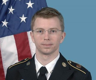 http://cdnph.upi.com/sv/em/i/UPI-87161375269316/2013/1/13577368521003/Army-Pfc-Bradley-Manning-faces-sentencing-for-espionage.jpg