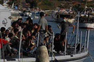 http://cdnph.upi.com/sv/em/i/UPI-8771397056991/2014/1/13970580173083/Italy-rescues-4000-migrants-in-48-hours.jpg