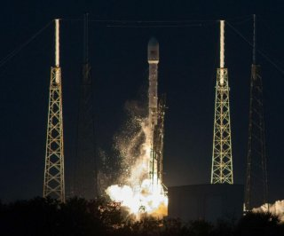 http://cdnph.upi.com/sv/em/i/UPI-8981388414571/2013/1/13861744857821/SpaceX-to-launch-its-first-rocket-of-2014-on-Friday.jpg