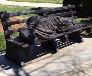 //cdnph.upi.com/sv/em/i/UPI-9031397476249/2014/1/13974768183686/Statue-of-homeless-Jesus-erected-in-NC.jpg