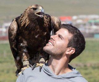http://cdnph.upi.com/sv/em/i/UPI-9241398277002/2014/1/13982772115873/Eric-Hill-Bachelorette-contestant-dies-in-paragliding-accident.jpg