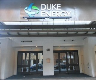 //cdnph.upi.com/sv/em/i/UPI-9251402414055/2014/1/14024214032018/Duke-Energy-agrees-to-pay-for-Dan-River-cleanup.jpg