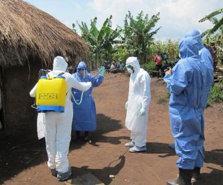 http://cdnph.upi.com/sv/em/i/UPI-9301406125614/2014/1/14061287357598/Doctor-treating-Ebola-outbreak-in-Sierra-Leone-now-infected.jpg