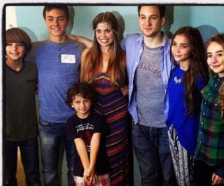 http://cdnph.upi.com/sv/em/i/UPI-9471404054231/2014/1/13971584044727/Girl-Meets-World-debuts-to-big-numbers.jpg