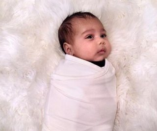 //cdnph.upi.com/sv/em/i/UPI-9521380916605/2013/1/13809168253230/Kim-Kardashian-shares-picture-of-baby-North-on-Instagram.jpg