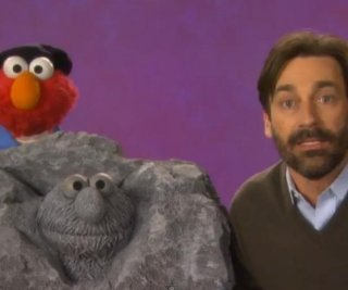http://cdnph.upi.com/sv/em/i/UPI-9771366137883/2013/1/13661382569444/VIDEO-Jon-Hamm-visits-Sesame-Street-teaches-Elmo-about-sculptures.jpg