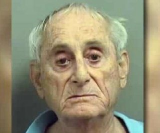http://cdnph.upi.com/sv/em/i/UPI-9851388415861/2013/1/13884167234144/Elderly-man-breaks-wifes-hip-during-argument-about-dating-website.jpg