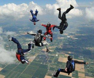 http://cdnph.upi.com/sv/em/i/UPI-9881406237239/2014/1/13696562324683/WWII-demonstrator-dies-from-mid-air-heart-attack-while-skydiving-in-Oklahoma.jpg