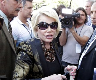 //cdnph.upi.com/sv/em/upi/UPI-1111398346092/2014/1/fb800a2721c48fd414d66ba25e53945c/Joan-Rivers-refuses-to-apologize-for-Cleveland-kidnapping-joke.jpg