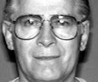 http://cdnph.upi.com/sv/em/upi/UPI-1461396875009/2014/1/dbf122dd24001ba4ea1968a455571d8a/Boston-mob-boss-Whitey-Bulger-says-man-in-prison-for-32-years-is-innocent.jpg