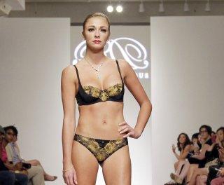 http://cdnph.upi.com/sv/em/upi/UPI-1941375471803/2013/1/207a5f3f4ca3291313d68f2201befe7d/Lingerie-Fashion-Week-24k-Gold-lingerie-PHOTOS.jpg