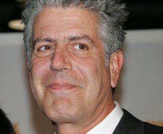 http://cdnph.upi.com/sv/em/upi/UPI-3481358285712/2013/1/0529baf8491049dda6be0620794d9445/Anthony-Bourdain-launches-Twitter-tirade-against-American-Airlines.jpg