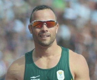 http://cdnph.upi.com/sv/em/upi/UPI-5321396874458/2014/1/902a658b44c32dd2a4f4a6ac9b315702/Oscar-Pistorius-apologizes-to-Steenkamp-family.jpg