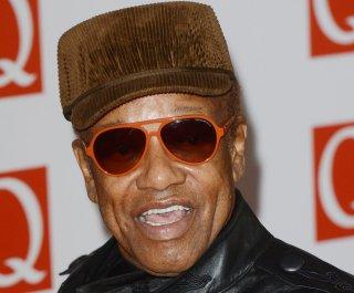 http://cdnph.upi.com/sv/em/upi/UPI-5891403998962/2014/1/62bc2bf2cd1a720ef1ca0f5ca41a0ebf/Bobby-Womack-dies-at-70.jpg