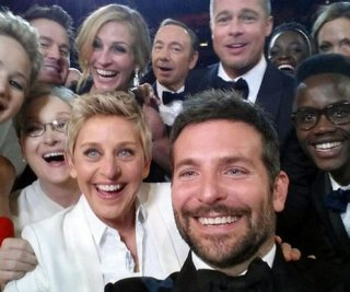 http://cdnph.upi.com/sv/em/upi/UPI-6301393962822/2014/1/9fc354910a4c87a41549910c94f04d4e/Ellen-DeGeneres-says-she-lost-phone-with-famous-selfie.jpg