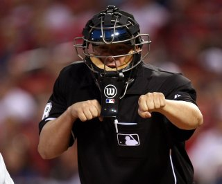 http://cdnph.upi.com/sv/em/upi/UPI-6951406045204/2014/1/d0d13bb91ce5803c82380e565cc68598/Baseball-umpire-shouts-out-2-Chainz-with-Strike-3-call-in-viral-video.jpg