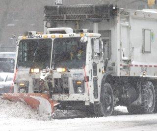 http://cdnph.upi.com/sv/em/upi/UPI-7241391788036/2014/1/90fe7906e3eae7edaa9962c5803bdbdb/Man-buried-by-NYC-snow-plow.jpg