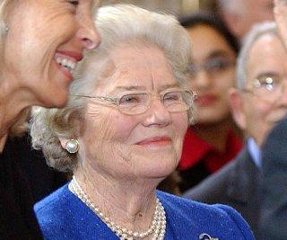 http://cdnph.upi.com/sv/em/upi/UPI-7761401662061/2014/1/031dcc068a7a5c19638b8fb335eeece6/Mary-Soames-Winston-Churchills-daughter-dies.jpg