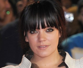 http://cdnph.upi.com/sv/em/upi/UPI-8381398258033/2014/1/95648a15813168ba9a7e6ac5b8524903/Lily-Allen-releases-new-video-for-Sheezus.jpg